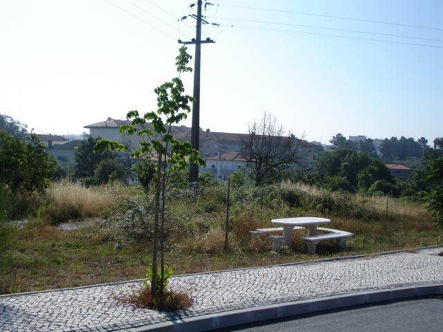 Lotes de terreno para construção de moradias em banda