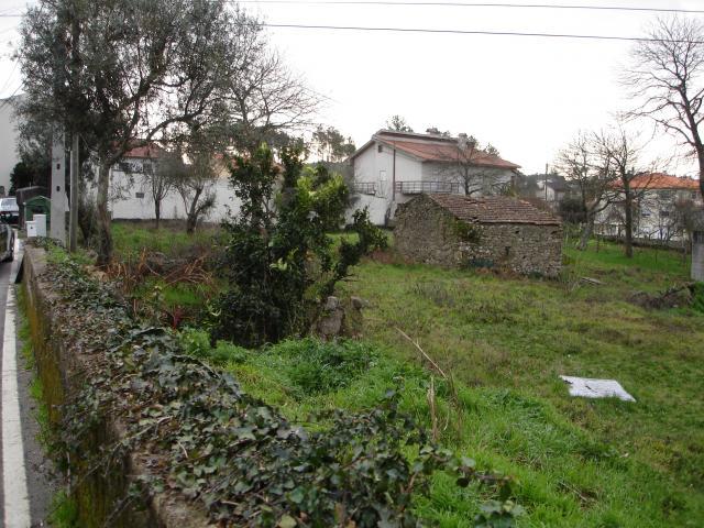 Terreno para construção de vivenda individual com projecto aprovado